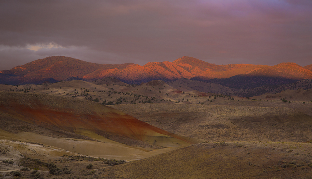 Painted Hills sunrise2