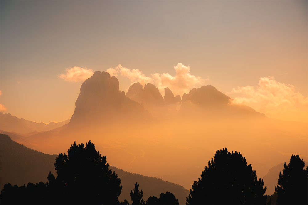 Siusi_mountains_fromcablev2